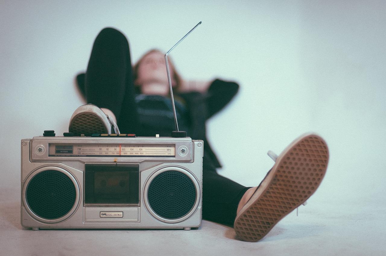 escuchar-la-radio