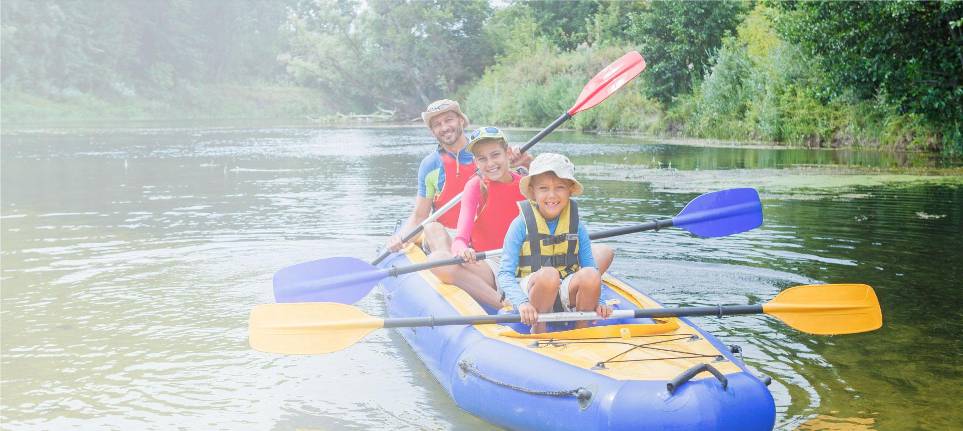 Niños kayak